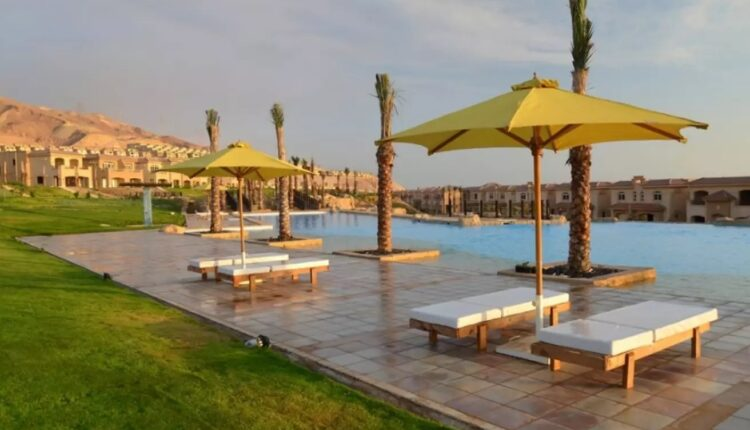Swimming Pool in Telal Resor Sokhna
