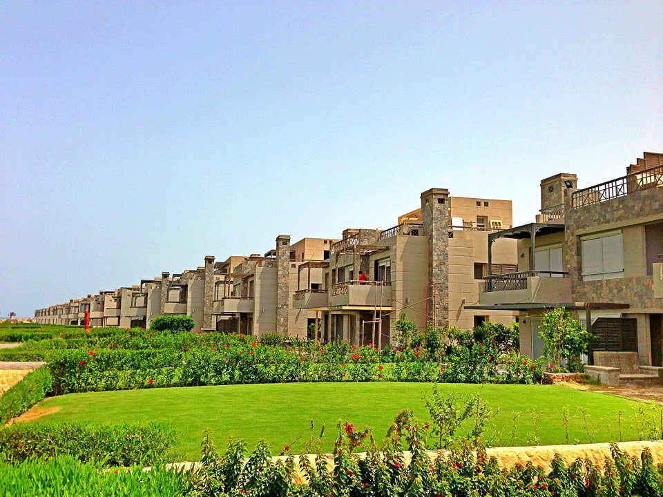 Apartments for sale in Al Ain Bay resort 1