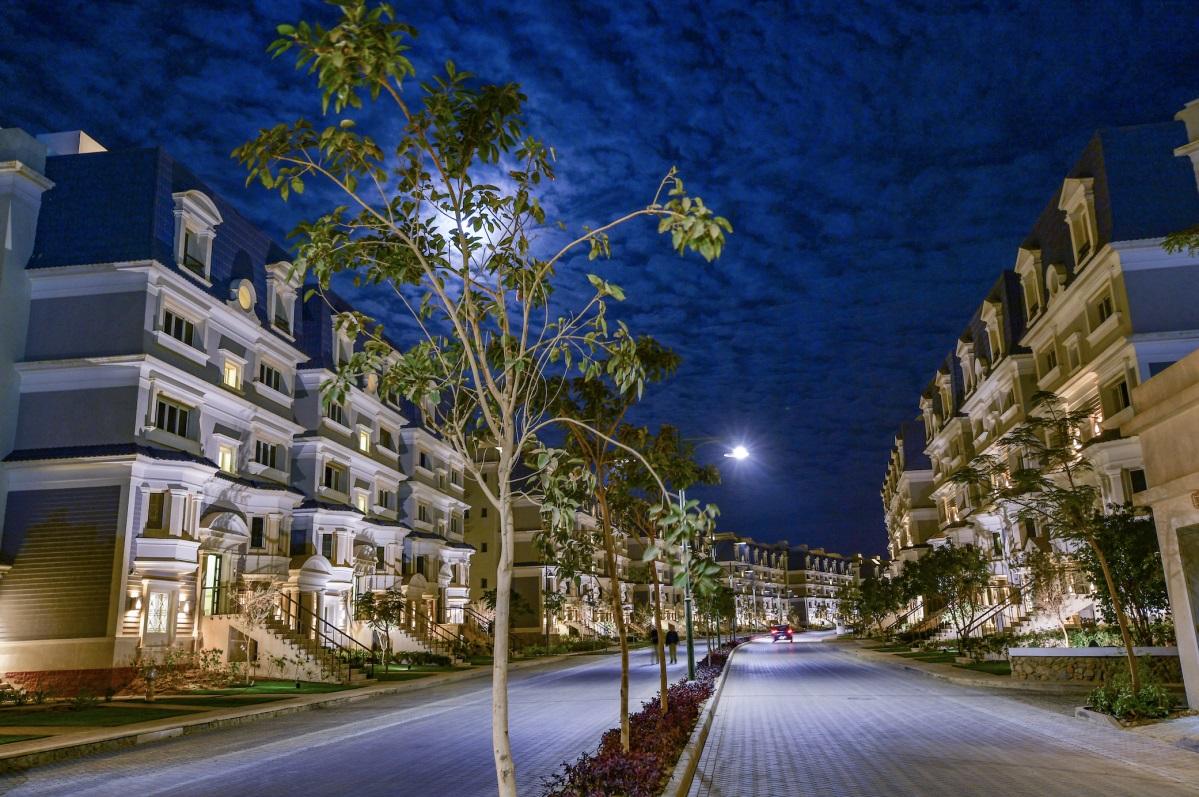 تفاصيل بيع شقة بمساحة 167 متر في ماونتن فيو هايد بارك